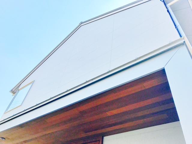 三角屋根のお家