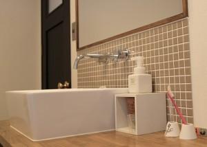タイル張りの洗面化粧台