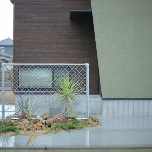 西条市,工務店,住宅会社,注文住宅,新築おしゃれな家,かっこいい家,デザイン住宅,木製ドア,エクステリ,アアメリカン,ウッドワン,リクシル